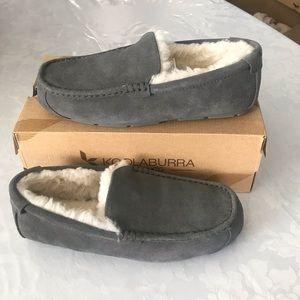 KOOLABURRA BY UGG. MEN's slippers
